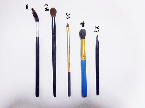 eye brushes